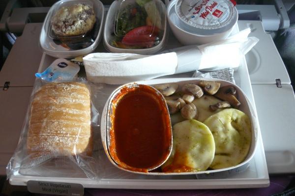 veganské jídlo v letadle
