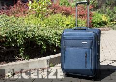 Recenze Travelite Capri 2w S