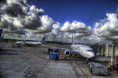 Letiště a výhodné letenky.